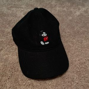 Black Mickey Mouse dad hat